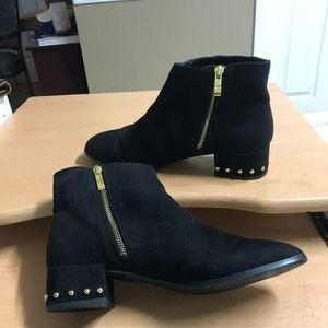 Nicole Miller Ankle Boot Gold Studs 10 Black